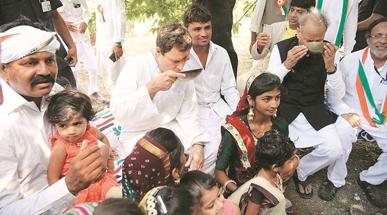 Rahul Gandhi visits Temple to woo Hindu Voters
