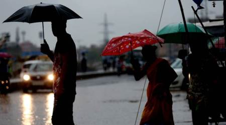 Day of rain brings some respite from heat in New Delhi— and traffic snarls