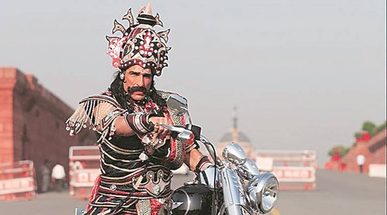 Actor Mukesh Rishi, traffic challan, ravana, ram lila, delhi news, delhi traffic police,