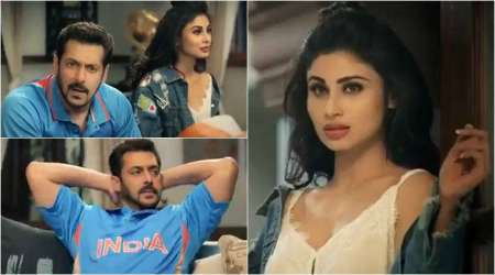 Watch Bigg Boss 11 promo: Salman Khan's hot neighbour Mouni Roy wants to watch a match with him