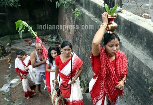 Maha Saptami, Saptami, Saptami Durga puja, Saptami Durga Pujo, durga puja, durga puja 2017, kolkata durga puja, durga puja themes, durga puja unique theme, 2017 durga puja photos, bengal durga puja photos, durga pujo images, durga puja celebrations,
