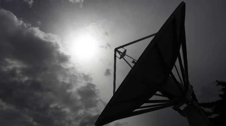 Satellites, antennas, Infostellar, Infostellar satellite sharing, satellite communication, satellite access, universal satellite, antenna data sharing, big data access, global satellite industry, antenna networks