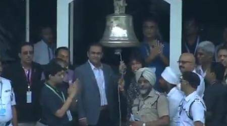 India vs Australia: Virender Sehwag, Jhulan Goswami ring the bell at Eden Gardens, watch video