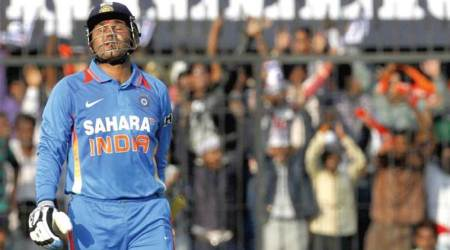 Virender Sehwag's 219 run-knock recalled ahead of India-Australia third ODI at Indore