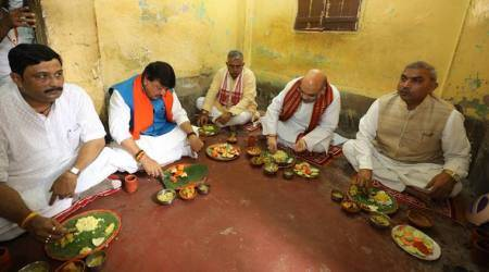 Amit Shah has lunch at BJP worker's house