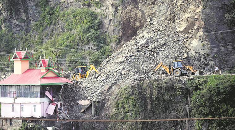 Massive landslide near Shimla, several vehicles buried, houses damaged