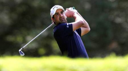 Panasonic Open: Shiv Kapur tames dengue virus and course to catch up with Ajeetesh Sandhu