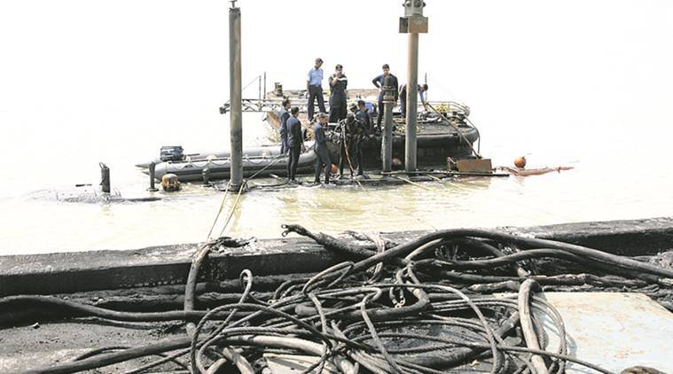Navy sinks 'graveyard' INS Sindhurakshak | India News, The