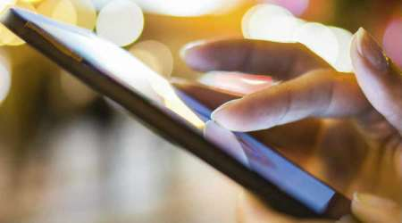 Smartphone apps can help cure depression: Study