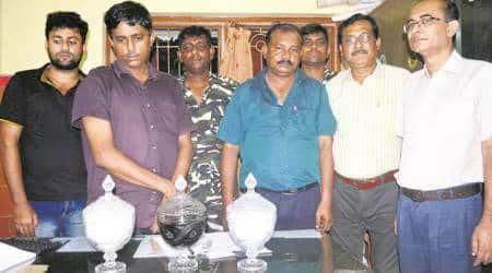 Snake venom worth Rs 100 crore seized in Barasat, threearrested