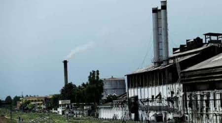 Mumbai sugar mills, sugar mills, Devendra Fadnavis, CM Devendra Fadnavis, Mumbai News, Indian Express, Indian Express News