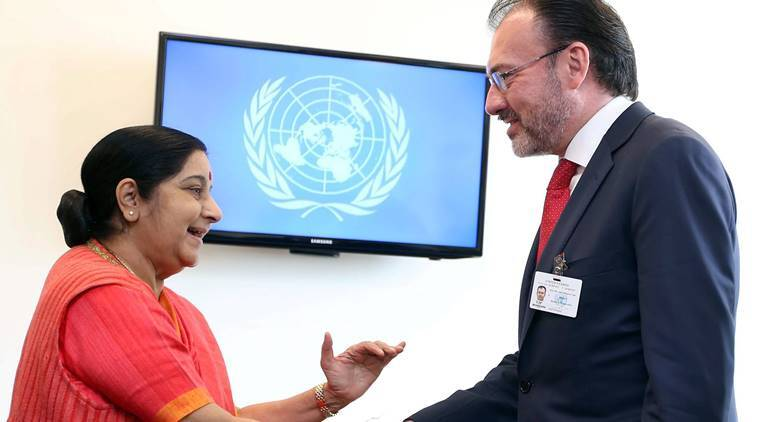 Sushma Swaraj meets Sheikh Hasina, Bhutanese PM