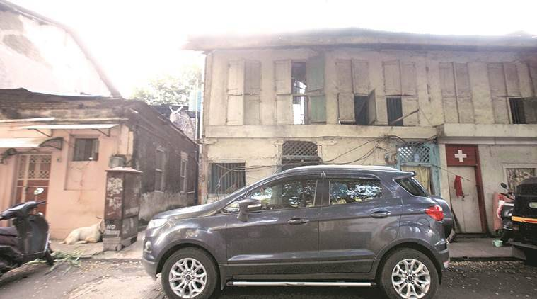 pune cantt board, pcb, pune building survey, ghatkopar building collapse, pune news, unsafe building structure pune, indian express