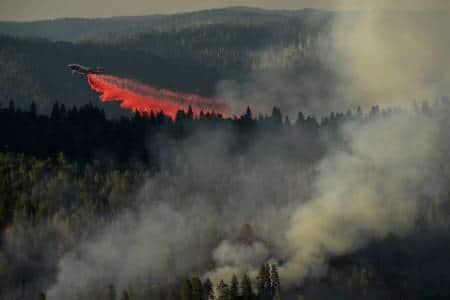 Firefighters in California make progress on wildfire despite heatedconditions