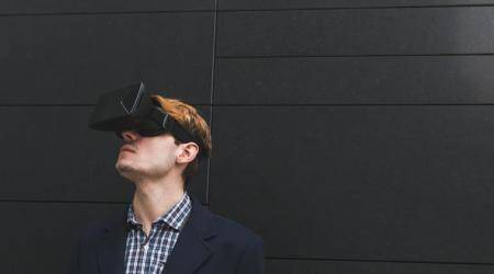 Coursera, University of London jointly launch virtual reality courseseries