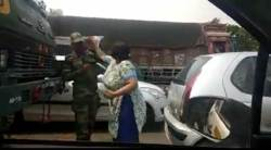 woman slaps jawan, gurgaon woman slaps soldier, woman slaps soldier, woman slapping soldier video, smriti kalra video, army jawan slapped, delhi news