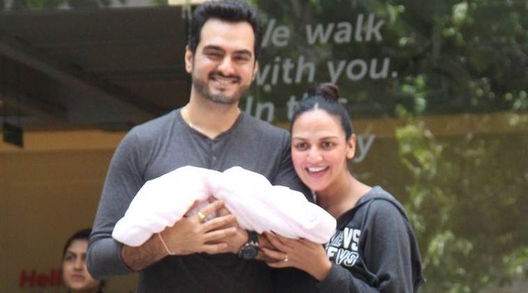 esha deol, esha deol baby, esha deol mother, esha deol baby pictures