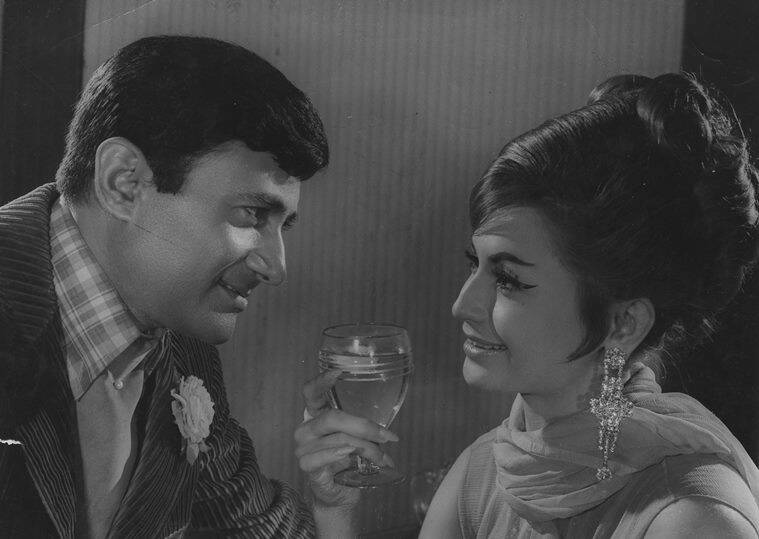 Dev Anand and Helen in Jewel Thief