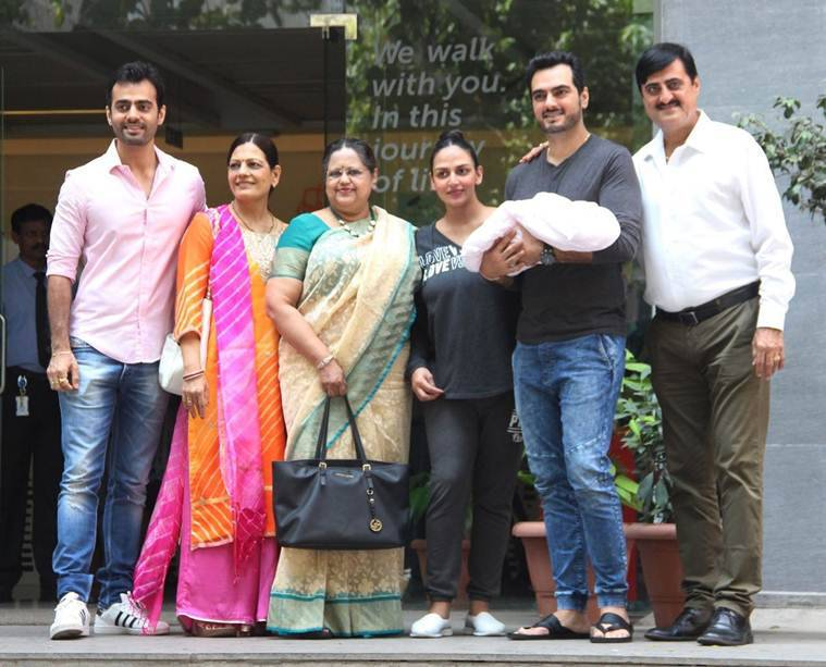 Esha Deol shares first photo of daughter Radhya Takhtani