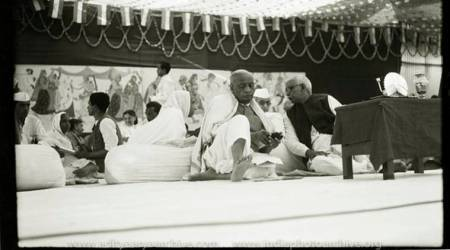 Rare images of Sardar Vallabhbhai Patel from the lens of KulwantRoy