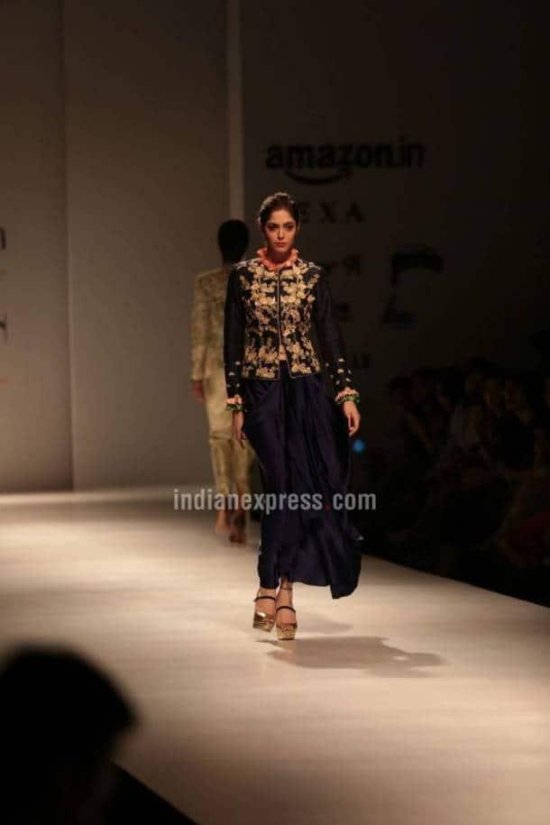 Divya kumar Khosla, aifw, AIFW Spring- Summer 2018, Sulakashna Monga, Charu Parashar, Amazon India fashion week, indian express, indian express news