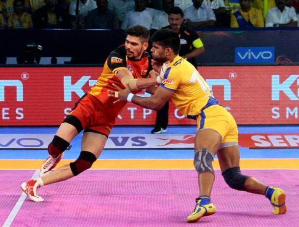 From Surender Nada to Abozar Mighani, defenders who shined in Pro Kabaddi 2017