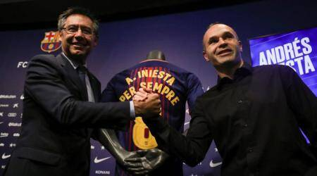 Andres Iniesta signs 'lifetime contract' with Barcelona