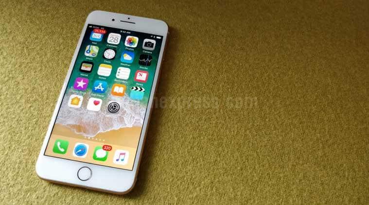 Apple, iPhone 8, iPhone 8 Plus review, Apple iPhone 8 Plus review, iPhone 8 Plus battery, Apple iPhone 8 Plus price in India, iPhone 8 vs iPhone X, Apple iPhone 8 specifications, iPhone 8 Plus features, Apple iPhone 8 Plus camera