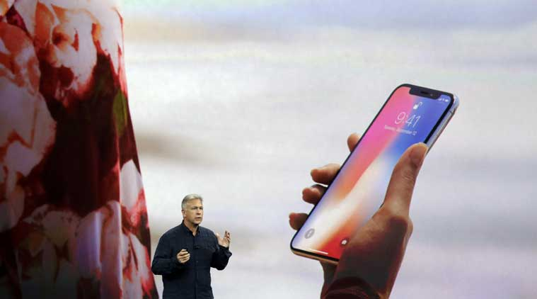 Apple, Apple iPhone X, iPhone X Face ID, Face ID security features, 2D face images, depth map information, Face ID profile, TrueDepth camera system, A11 bionic chip, Apple A11 chip, IR dots, IR image and dot pattern, Apple hardware security technology