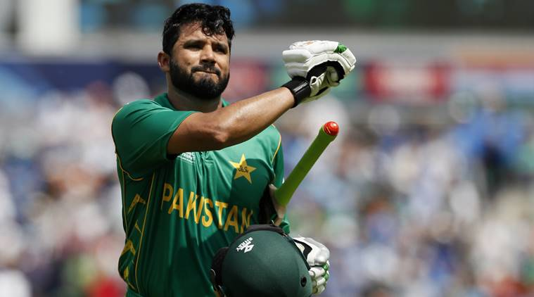 Azhar Ali in United Kingdom for treatment of his knee injury