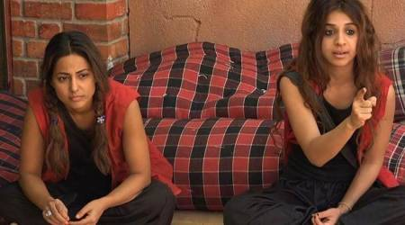 Bigg Boss 11, October 25 full episode written update: Hina Khan cries alone after Arshi, Akash and Puneesh target her family