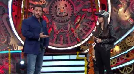 Bigg Boss 11 Weekend Ka Vaar October 22 written updates: Salman Khan introduces Dhinchak Pooja as wild card contestant