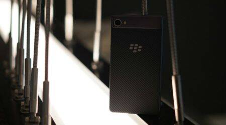 BlackBerry Motion vs BlackBerry KeyOne: Specifications, features,price