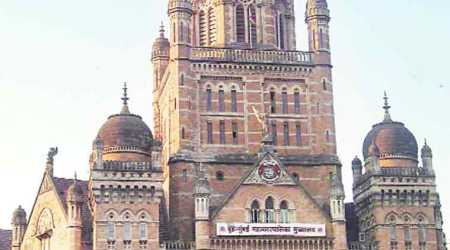 Woman says BMC officials harassed her, faces cross complaint