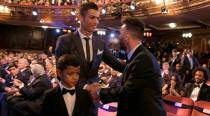 Cristiano Ronaldo wins 2017 Best FIFA Men's Player of the Year Award