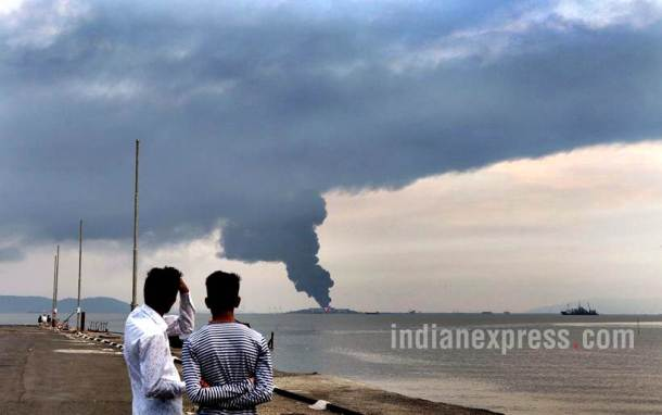 butcher island fire photos, mumbai butcher island, oil tanker fire mumbai, butcher island images, butcher island fire pics, mumbai latest news, indian express