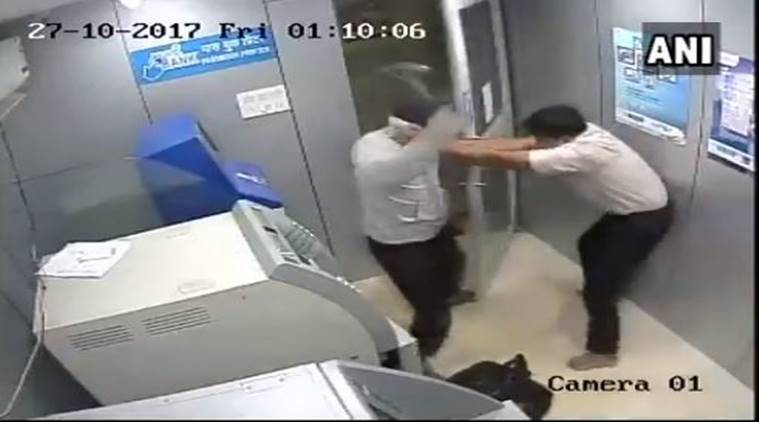 robbery attempt, goa, atm robbery, atm guard, india news