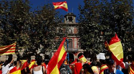 Protesters rally against Catalan independence inBarcelona