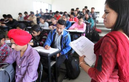 Centre sets up two centres for NEET candidates in Kashmir