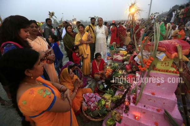 chhath puja photos, Chhath puja images, Chhath puja 2017 pictures, chhat puja bihar, bihar chat pooja pics, chhath puja, chat puja, chhath pooja images, when is chhat 2017, chhath puja dates, significance of chhath pooja, Indian express, Indian express photos