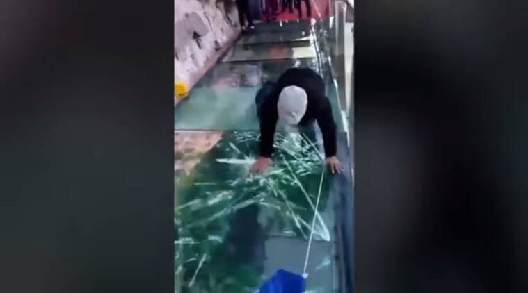china skywalk, china glass bridge prank, china sky walk prank, glass bridge cracking prank, china sky bridge cracking, viral videos, Indian express, Indian express news