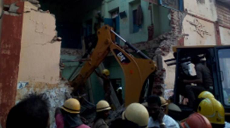 Tamil nadu, Tamil nadu building collapse, Nagapattinam, Nagapattinam building collapse, Bus depot, bus depot roof collapse, Tamil nadu building collapse deaths, Chennai,