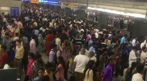 Technical glitch at Rajiv Chowk metro station hampers Delhi Metro's blue lineservice