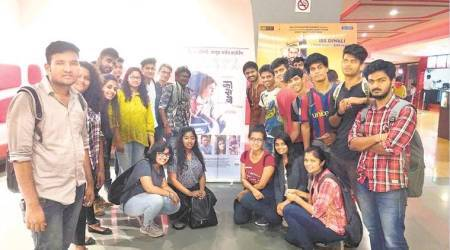 Students form group to promote films shunned by major distributors