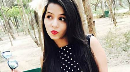 I want to interact with my fans through Bigg Boss 11: DhinchakPooja