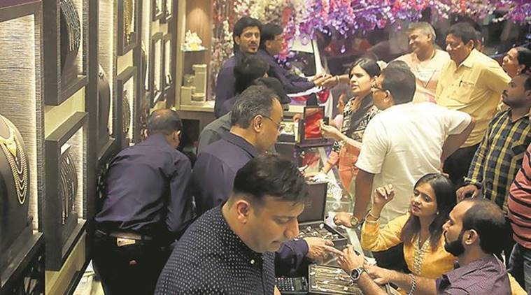Diwali deals for real estate projects: free flat, gold, golf club membership