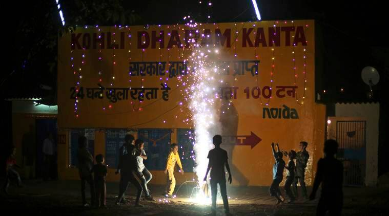 Diwali, diwali Delhi, diwali delhi ncr, diwali NCR, delhi pollution, delhi diwali pollution, delhi air quality, firecrackers sale ban, supreme court, delhi news, indian express news