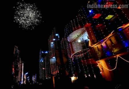 Diwali 2017, diwali images, diwali pictures, deepavali images, deepavali pictures, diwali festival, diwali in Lucknow, diwali in chandigarh, indian express,