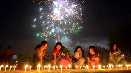 Diwali-Dhanteras bonanza: Online shopping, e-gifts to light up Diwali this year
