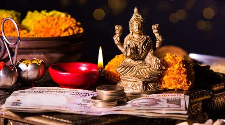 Diwali, Diwali festiwal, Diwali firecrackers sale ban, supreme court, Congress, BJP, Doklam, Doklam standoff, beef ban, Indian express, Diwali 2017, Deepawali 2017, Diwali significance, diwali lakshmi puja why, diwali puja spiritual reason, diwali puja reason, Diwali celebration, Deepawali celebration, Indian express, Indian express news